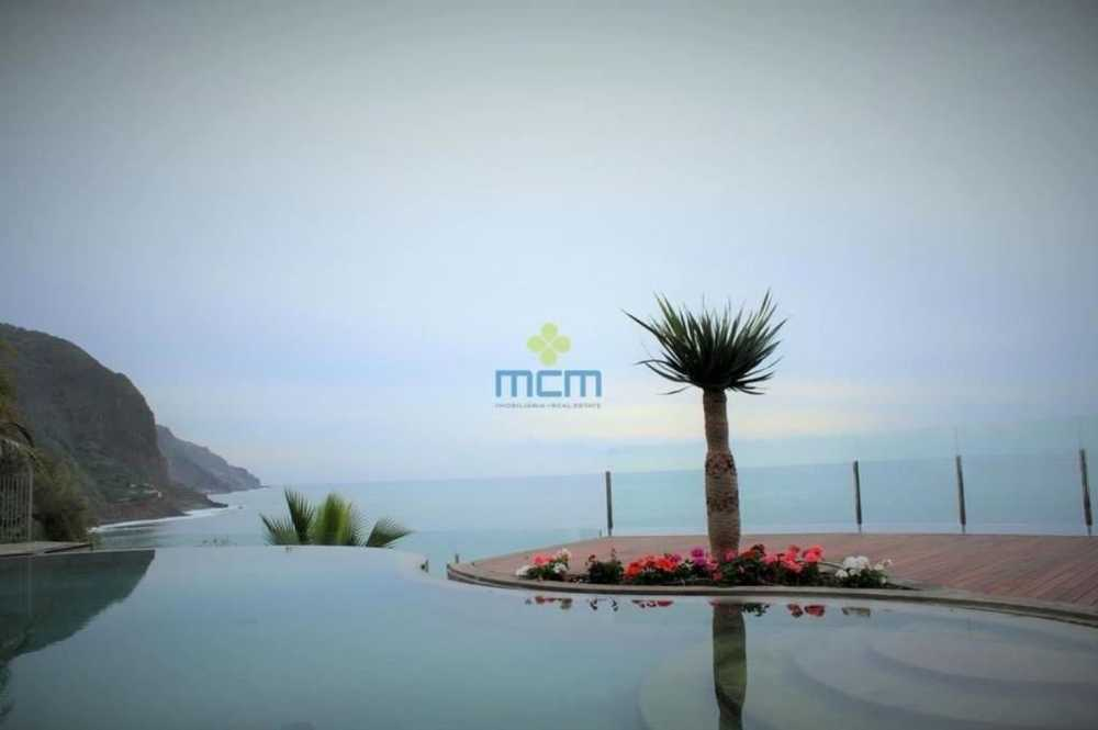 à venda casa Arco da Calheta Ilha da Madeira 1