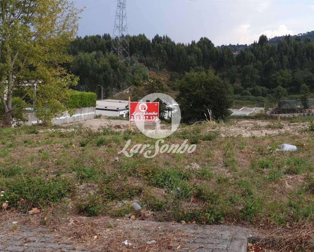 Nespereira Guimarães tomt photo 102847