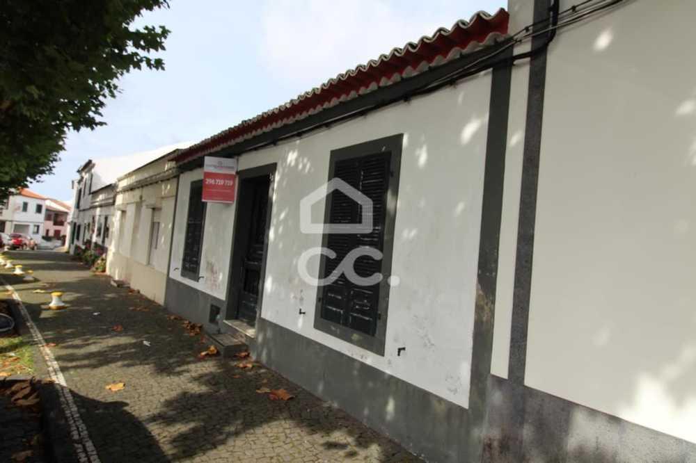 Lagoa Lagoa (São Miguel) casa foto #request.properties.id#
