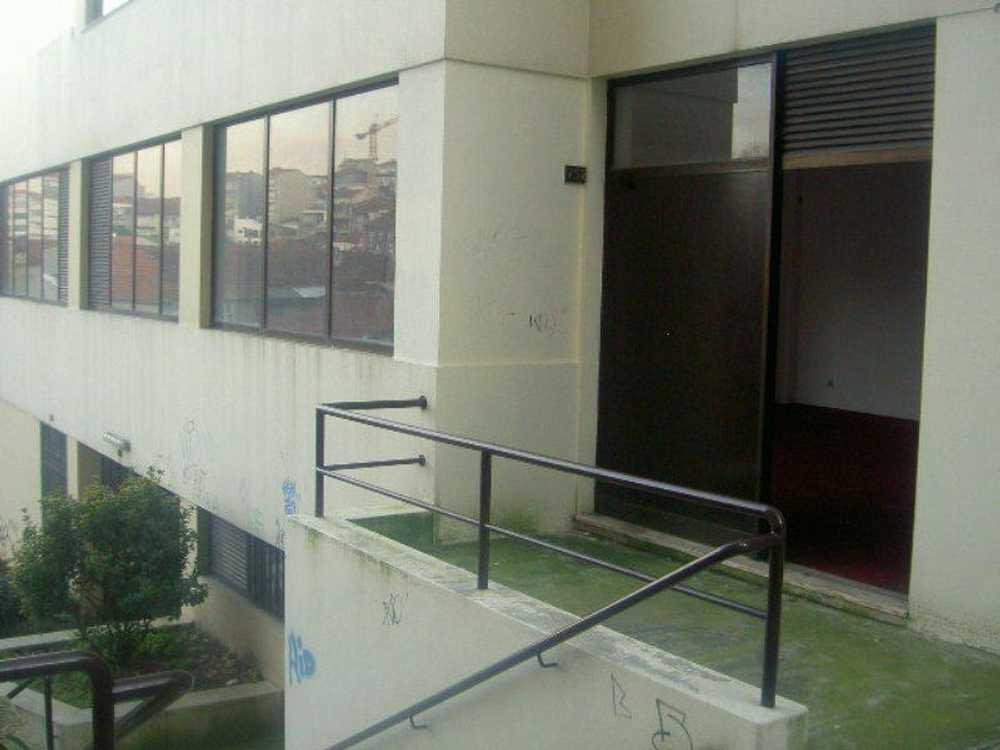 Astromil Paredes Haus Bild 106406