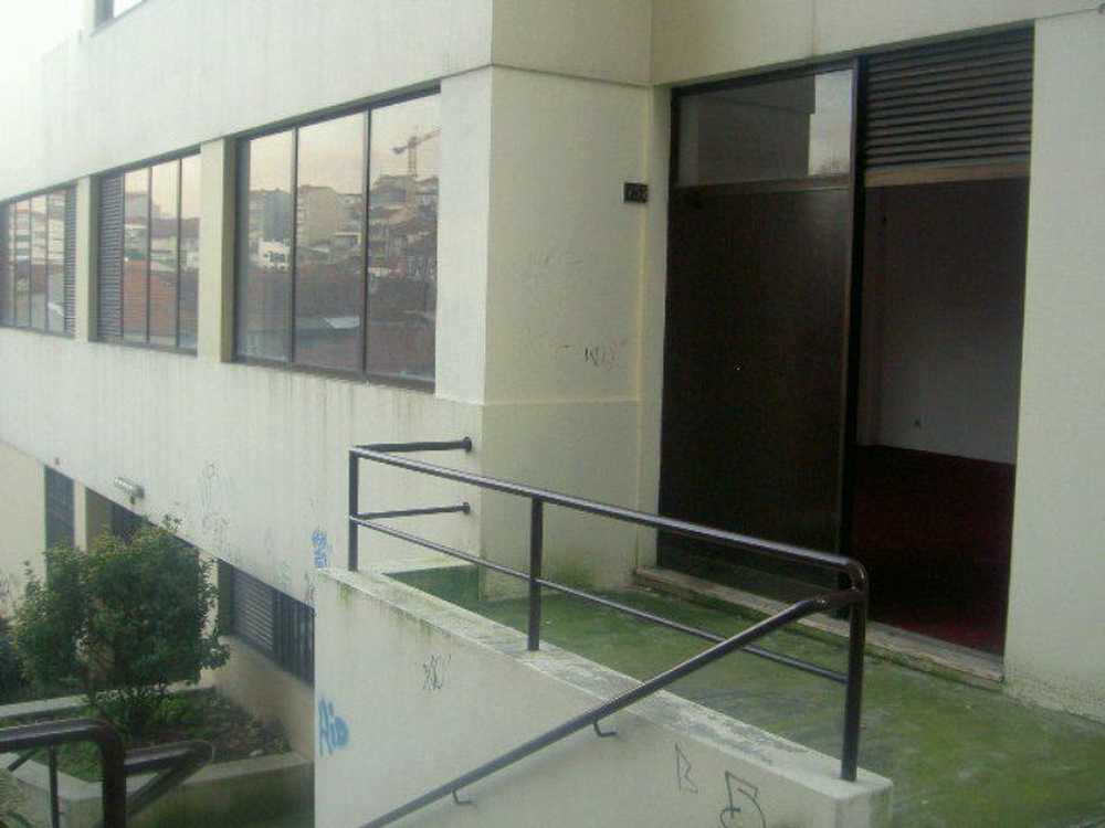 Astromil Paredes 屋 照片 #request.properties.id#