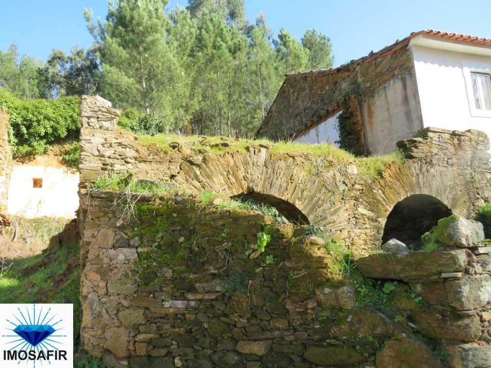 Arega Figueiró Dos Vinhos casa foto #request.properties.id#