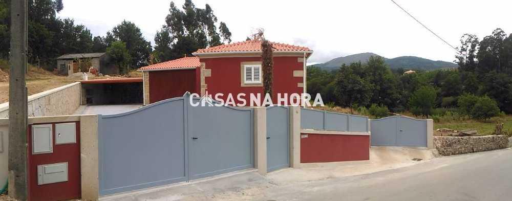 Campos Vila Nova De Cerveira house picture 109311