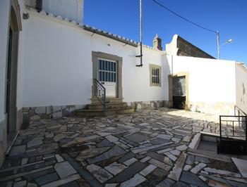 Mexilhoeira da Carregação Lagoa (Algarve) moradia isolada  photo