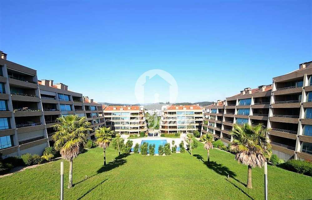 Eira Cinfães apartamento foto #request.properties.id#