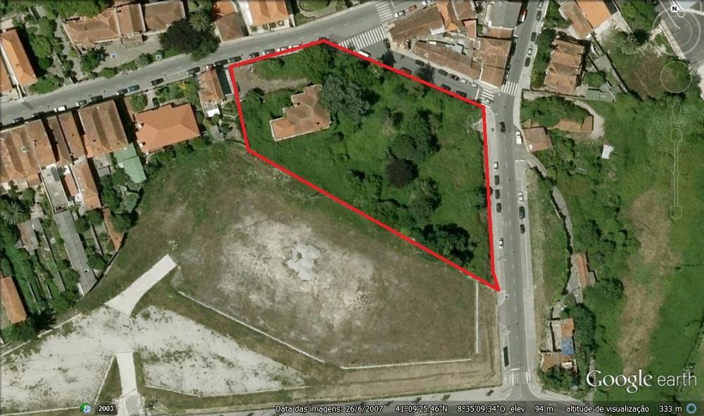 Santo Tirso Santo Tirso terreno foto #request.properties.id#