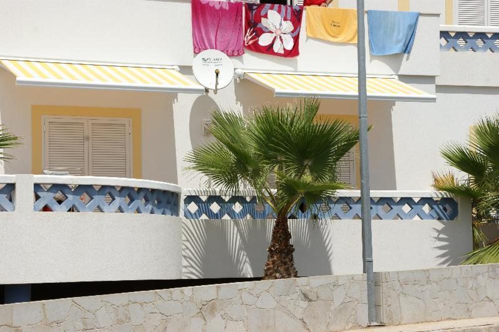 Porto Santo Porto Santo 公寓 照片 #request.properties.id#