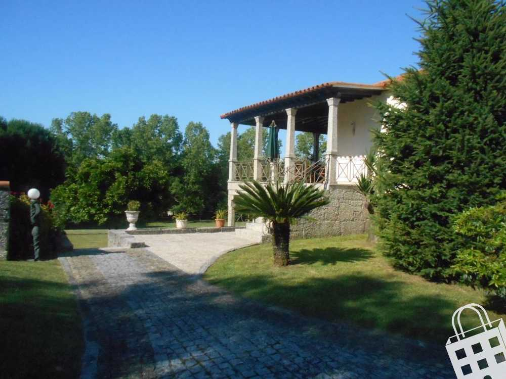 Serzedelo Guimarães hus photo 77314