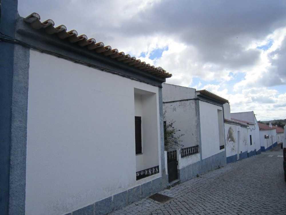 Vila Nova da Baronia Alvito casa imagem 65107