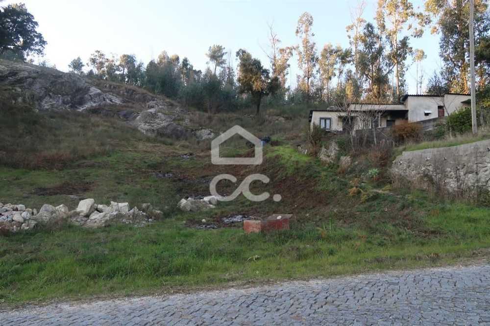 Casais Lousada terrain picture 78020