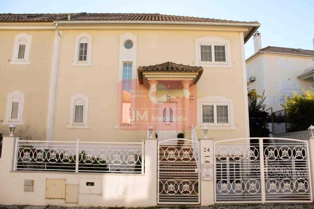 Sobreda Almada house picture 67645