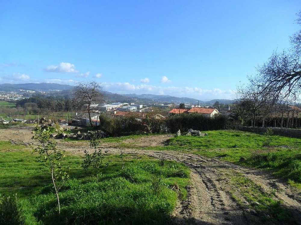 for sale terrain Sande Vila Nova Braga 1