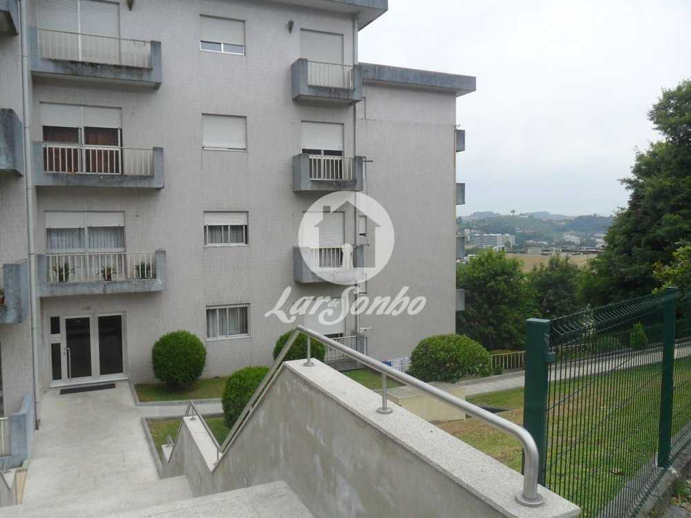 Moreira de Cónegos Guimarães apartamento foto #request.properties.id#