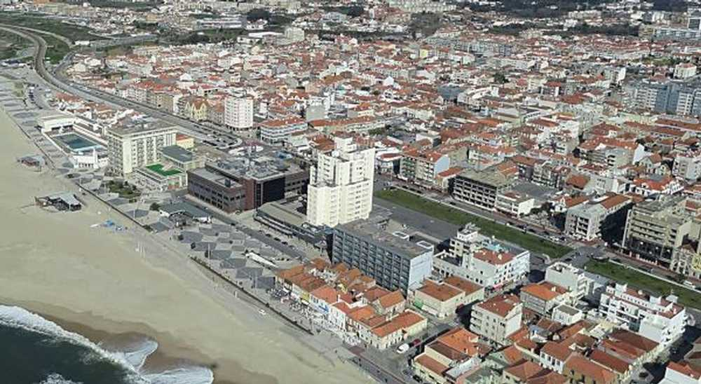 Espinho Arouca terreno foto #request.properties.id#