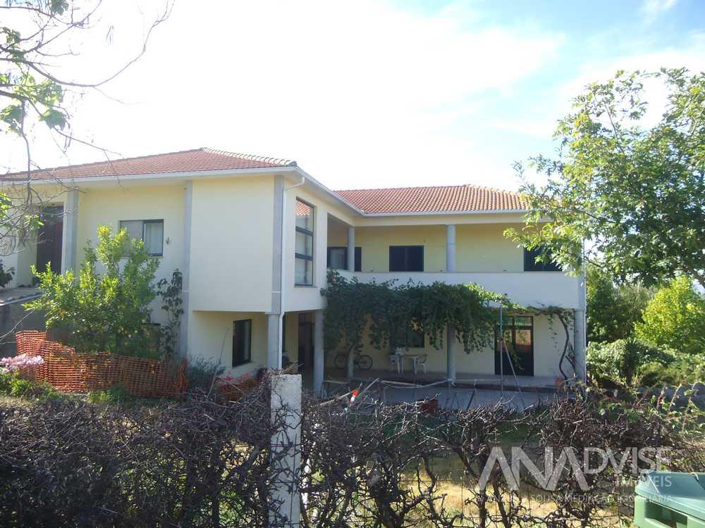 for sale house Carragoso Viseu 1