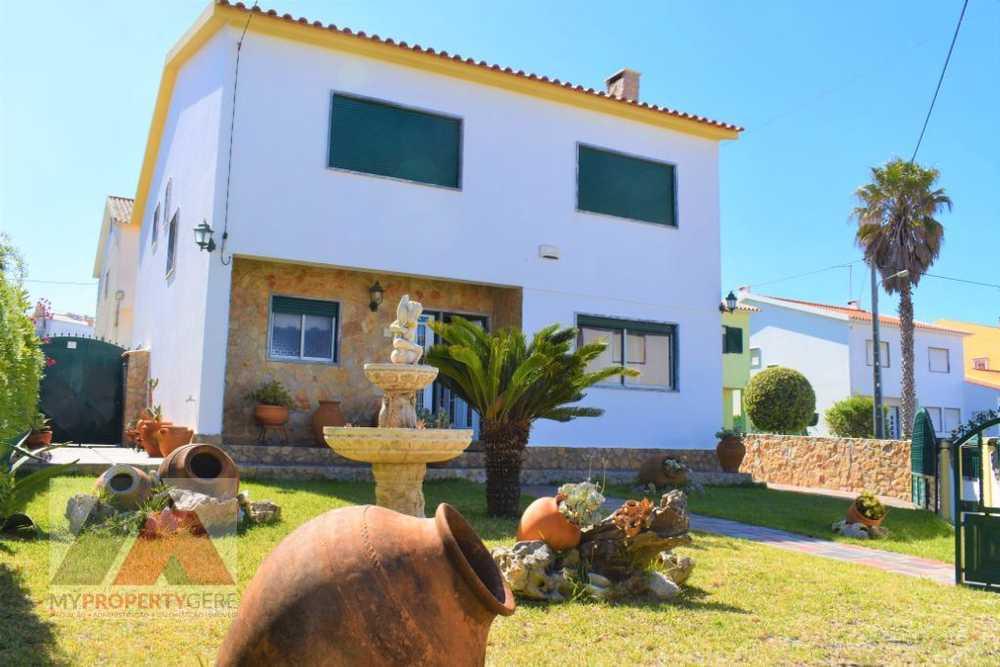 A dos Cunhados Torres Vedras casa foto #request.properties.id#