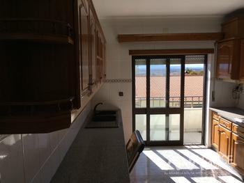 Lustosa Viseu house picture
