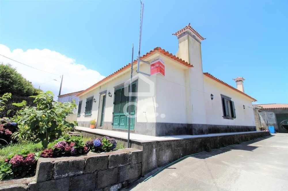 for sale house Ribeirinha Ilha de São Miguel 1