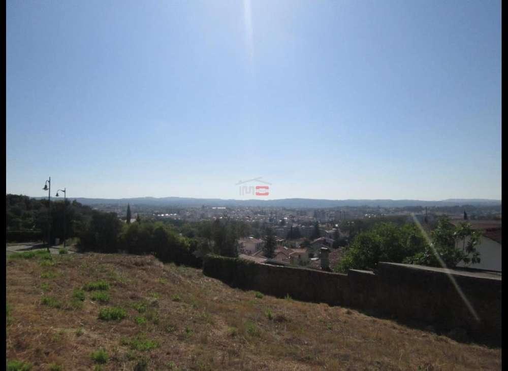 Caramouchel Tomar terreno foto #request.properties.id#