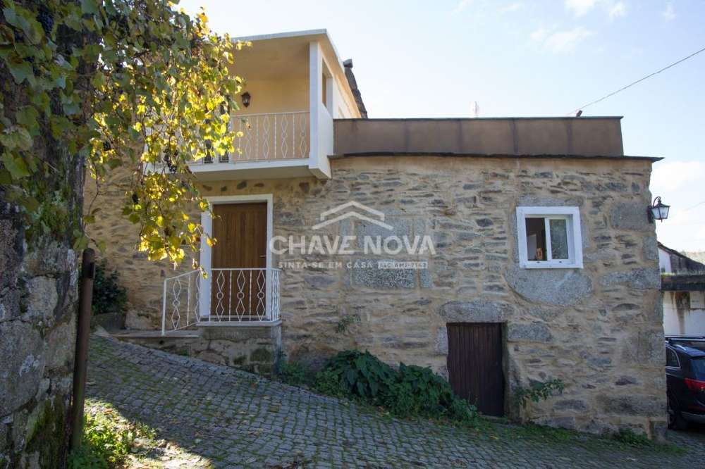 Adro Tarouca casa foto #request.properties.id#