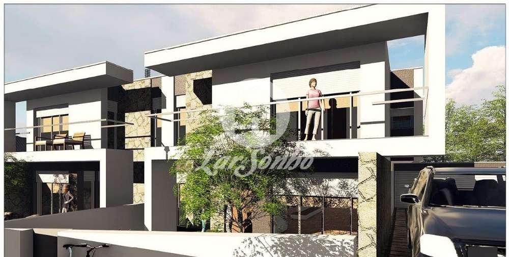 Barco Guimarães 屋 照片 #request.properties.id#