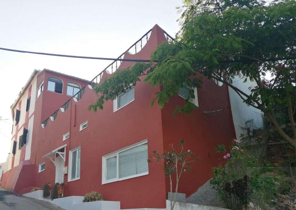 Azambuja Azambuja 屋 照片 #request.properties.id#