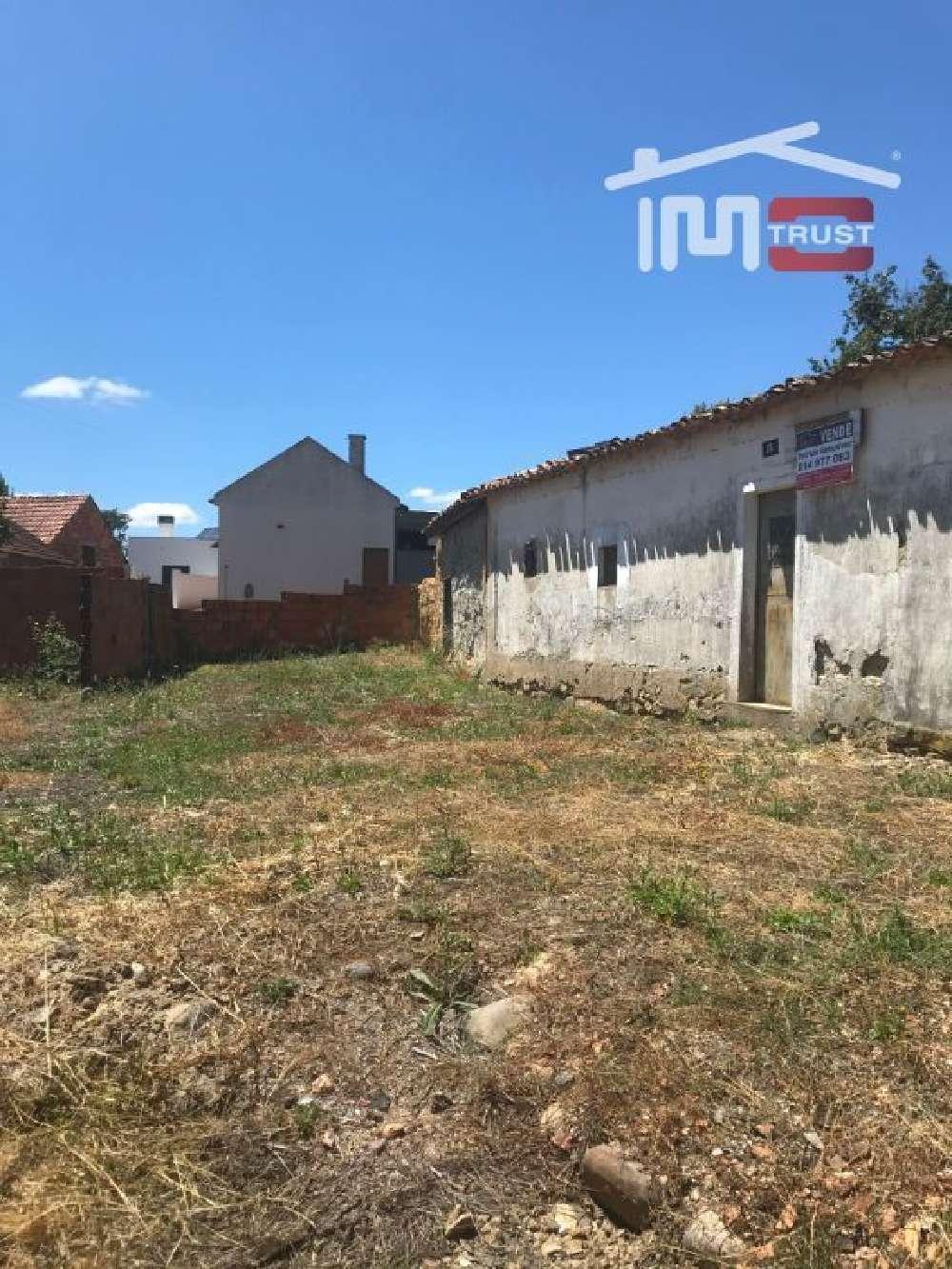 Rio de Couros Ourém casa foto #request.properties.id#