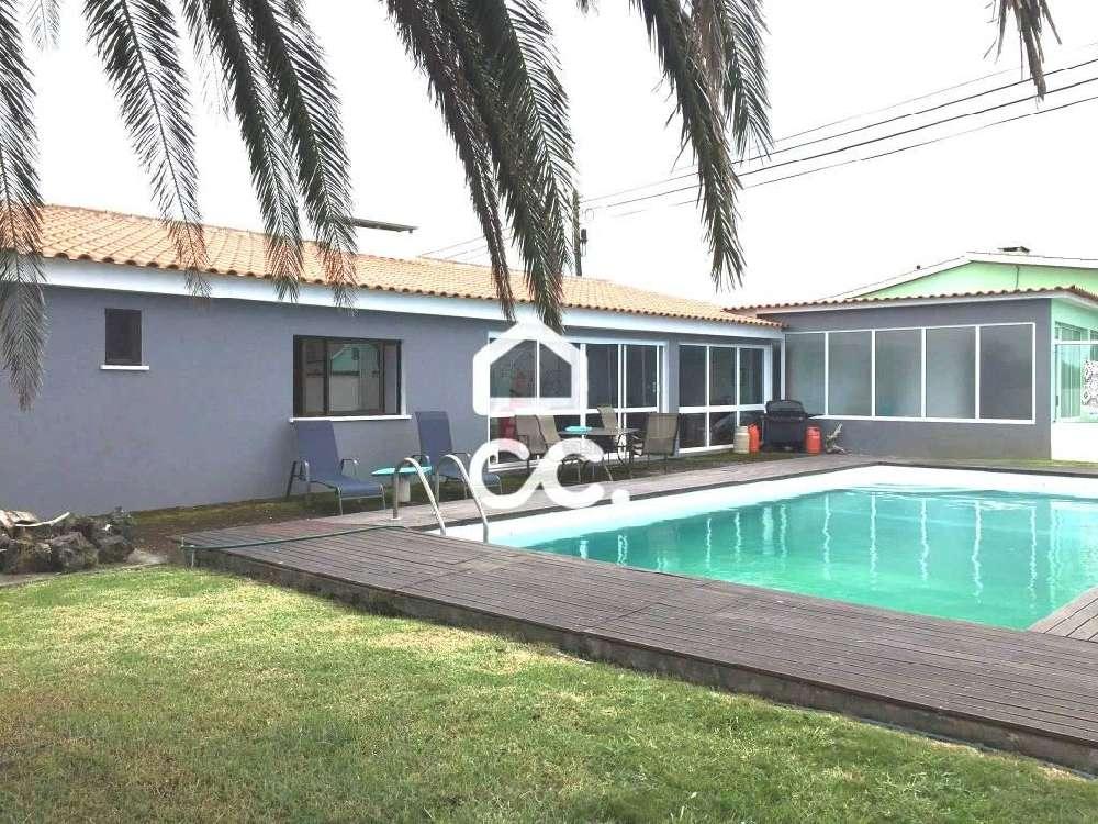 Lajes Praia Da Vitória 屋 照片 #request.properties.id#