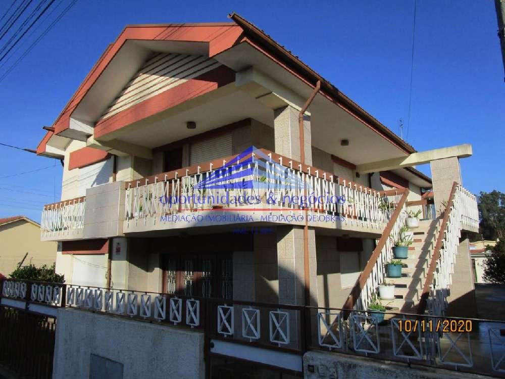 Perosinho Vila Nova De Gaia casa foto #request.properties.id#