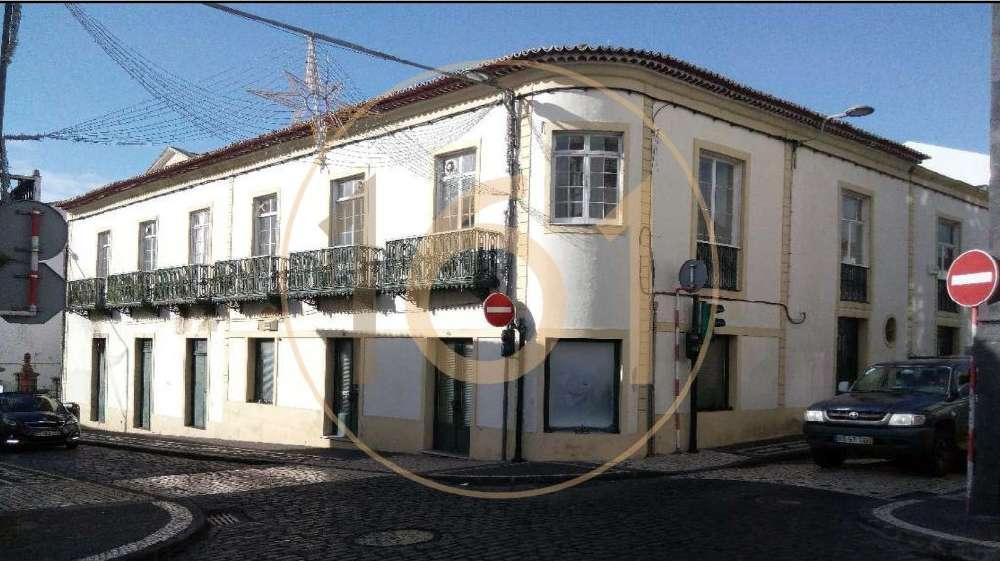à venda casa Ponta Delgada Ilha de São Miguel 1