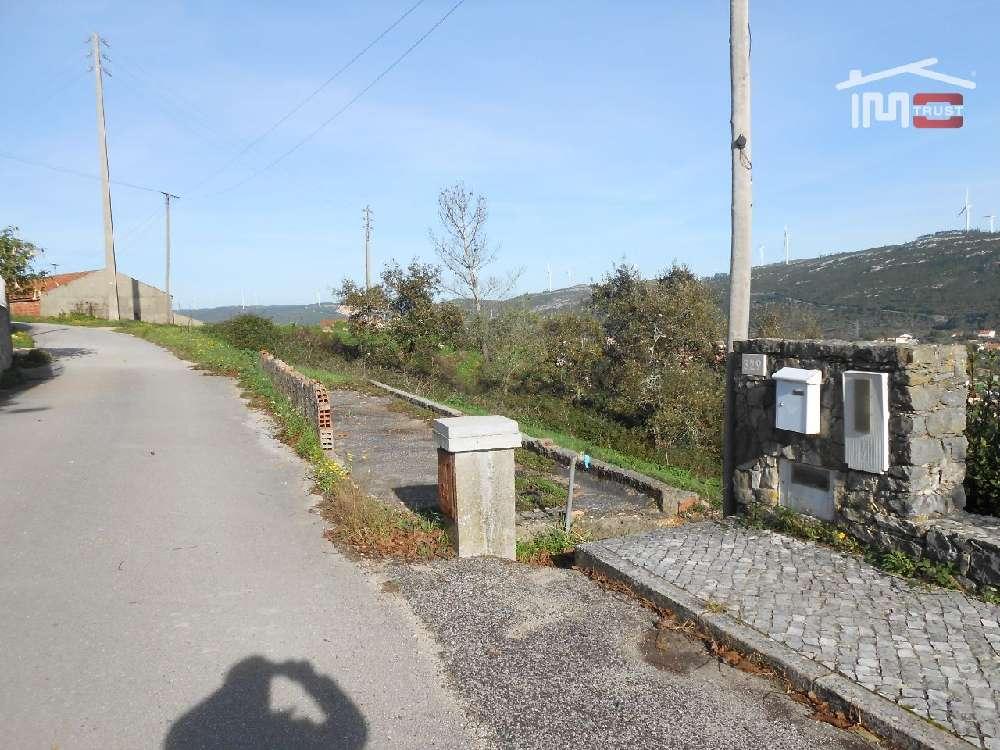 Alqueidão da Serra Porto De Mós 土地 照片 #request.properties.id#