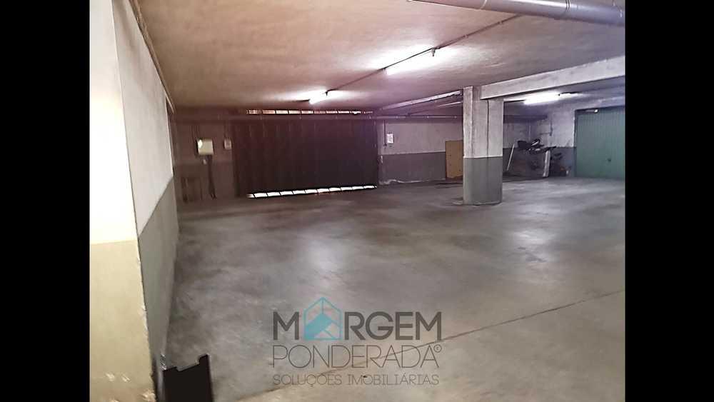 Bragança Bragança garage picture 153752