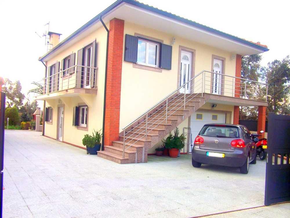 Regadas Arcos De Valdevez 屋 照片 #request.properties.id#