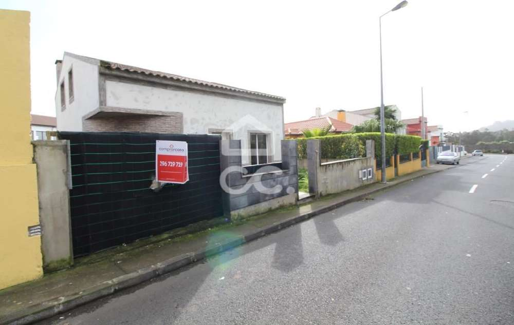 Livramento Ponta Delgada house picture 121114