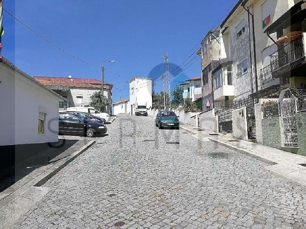 Custóias Matosinhos terreno foto #request.properties.id#