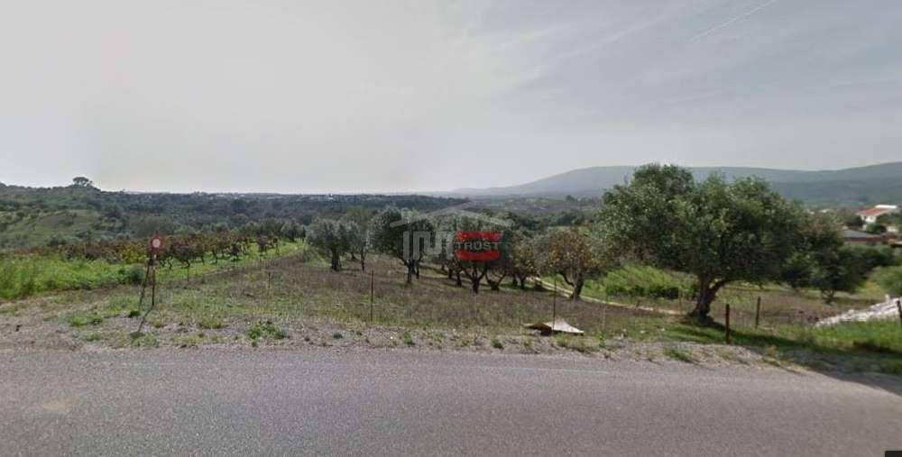 Torres Novas Torres Novas terreno foto #request.properties.id#