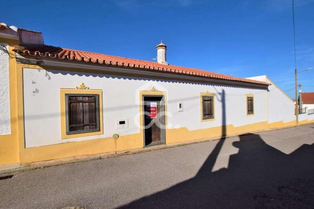 Granja Mourão casa foto #request.properties.id#