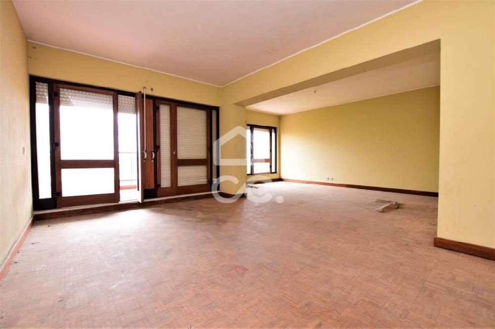 Vendas Novas Vendas Novas apartamento foto #request.properties.id#