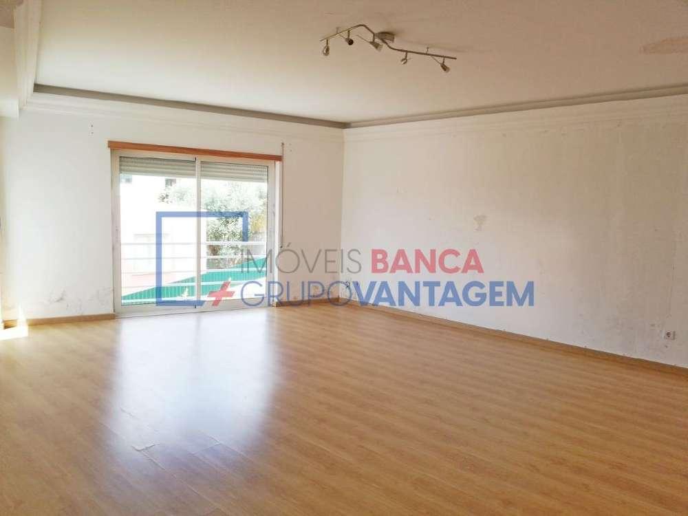 Casal de Cambra Sintra apartamento foto #request.properties.id#