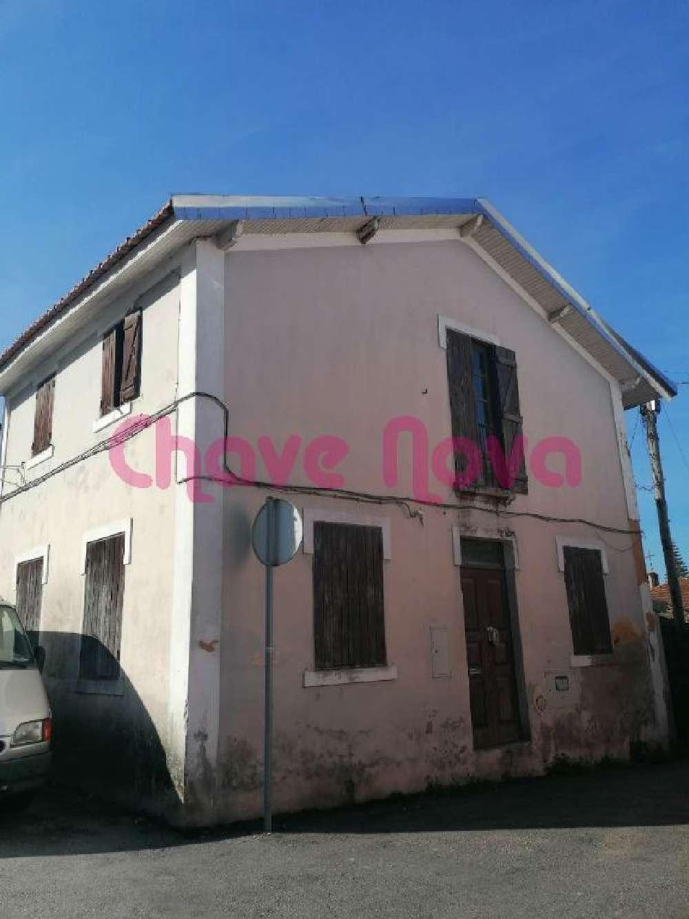 Albergaria-A-Velha Albergaria-A-Velha casa foto #request.properties.id#