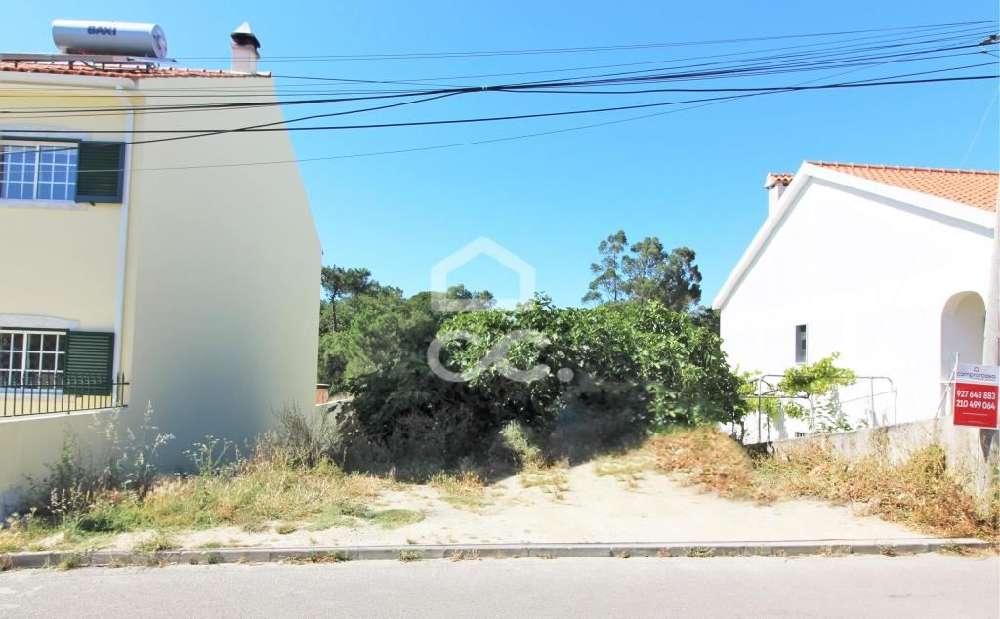 Amora Seixal terreno foto #request.properties.id#