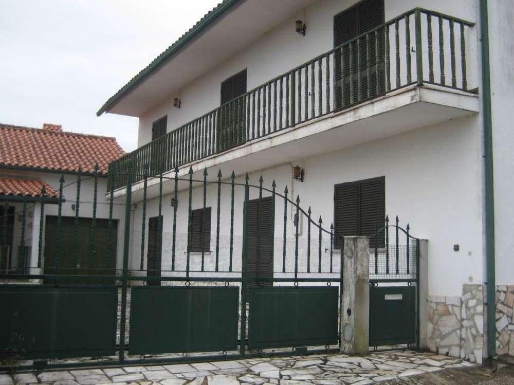 Aguda Figueiró Dos Vinhos casa foto #request.properties.id#