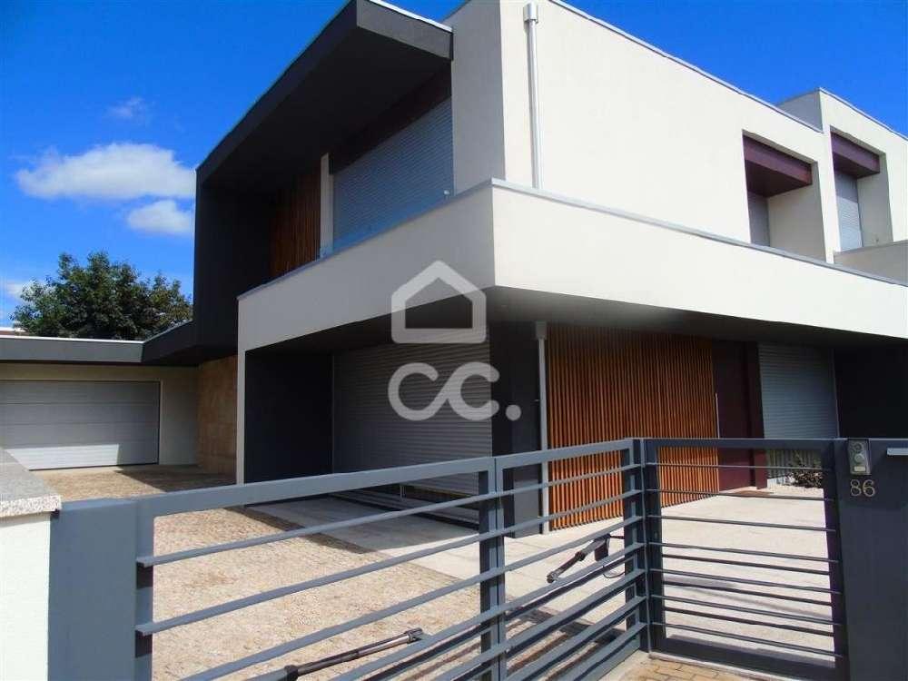 Ponte Guimarães maison photo 146946