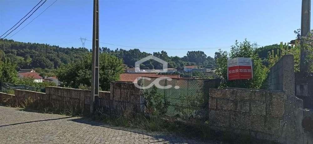 Lordelo Guimarães terrain photo 146950