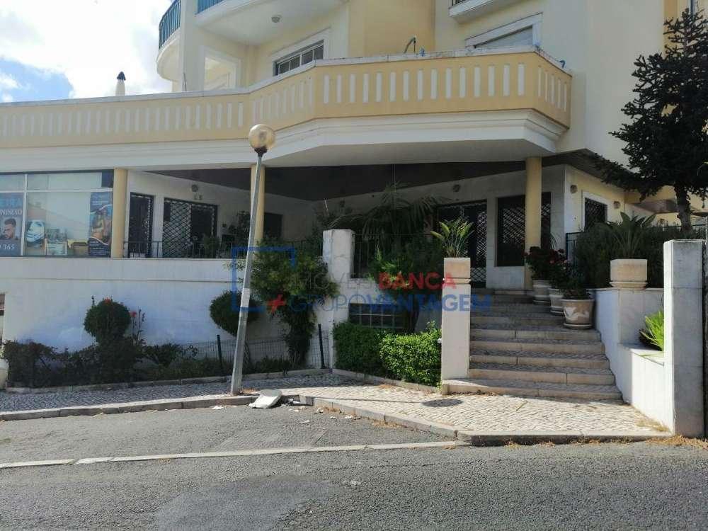 Caneças Odivelas casa foto #request.properties.id#