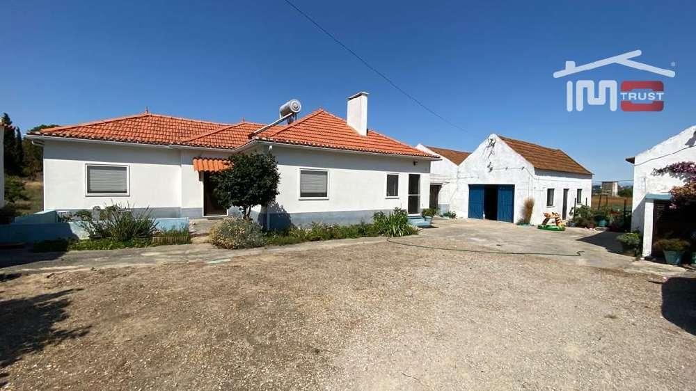 Alcochete Alcochete casa foto #request.properties.id#