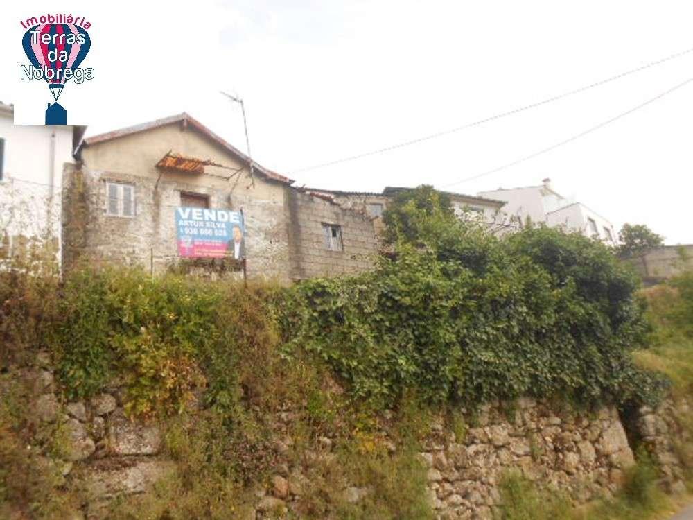 Ponte da Barca Ponte Da Barca house picture 190431