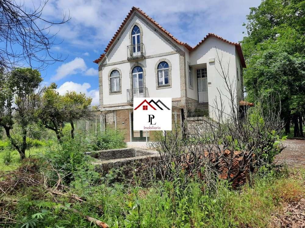 Santa Comba Dão Santa Comba Dão 别墅 照片 #request.properties.id#
