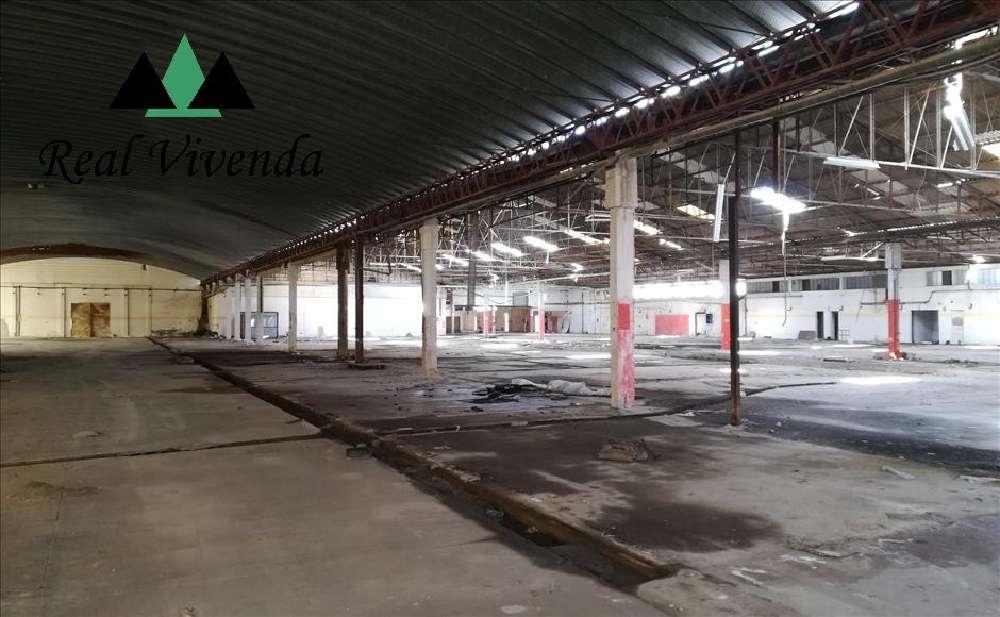 Águeda Águeda 商业地产 照片 #request.properties.id#