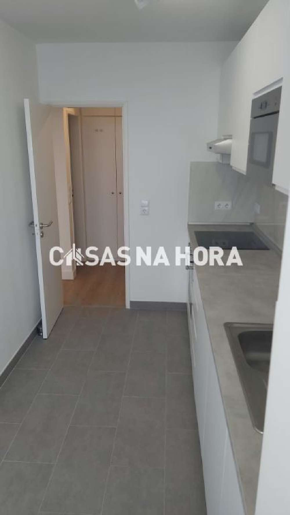 Frielas Loures apartment picture 172024